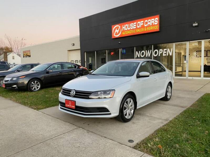 2017 Volkswagen Jetta for sale at HOUSE OF CARS CT in Meriden CT