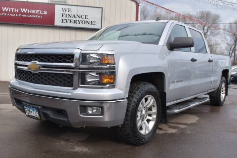2014 Chevrolet Silverado 1500 for sale at Dealswithwheels in Inver Grove Heights/Hastings MN