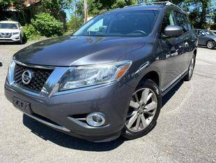 2014 Nissan Pathfinder for sale at Rockland Automall - Rockland Motors in West Nyack NY
