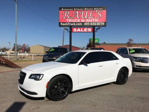 2019 Chrysler 300 for sale at RAUL'S TRUCK & AUTO SALES, INC in Oklahoma City OK