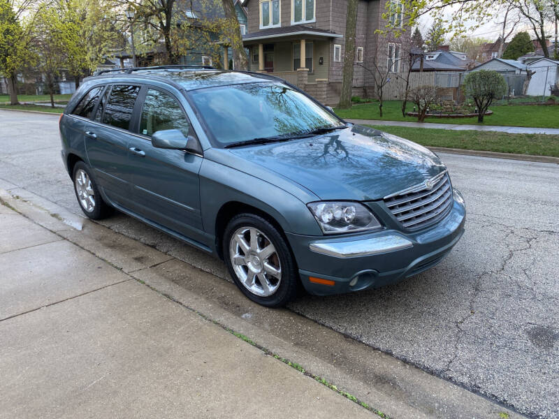 2005 Chrysler Pacifica for sale at RIVER AUTO SALES CORP in Maywood IL