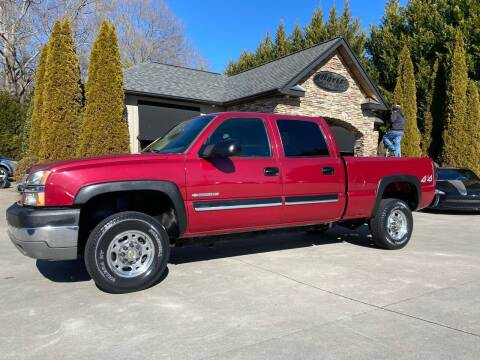 2004 Chevrolet Silverado 2500HD for sale at Hoyle Auto Sales in Taylorsville NC