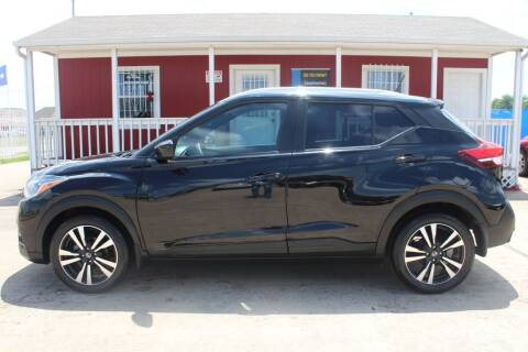 2019 Nissan Kicks for sale at AMT AUTO SALES LLC in Houston TX