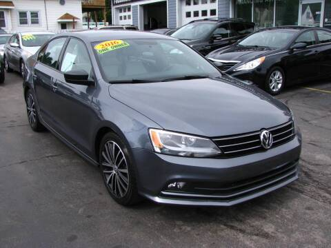 2016 Volkswagen Jetta for sale at CLASSIC MOTOR CARS in West Allis WI