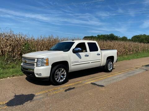 2012 Chevrolet Silverado 1500 for sale at Tennessee Valley Wholesale Autos LLC in Huntsville AL