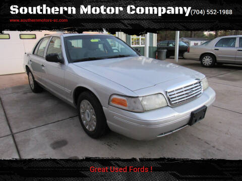 2005 Ford Crown Victoria for sale at Southern Motor Company in Lancaster SC