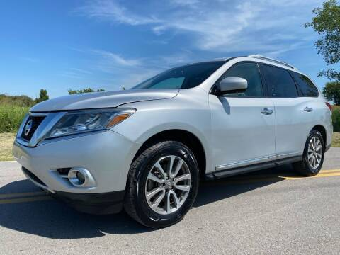 2013 Nissan Pathfinder for sale at ILUVCHEAPCARS.COM in Tulsa OK