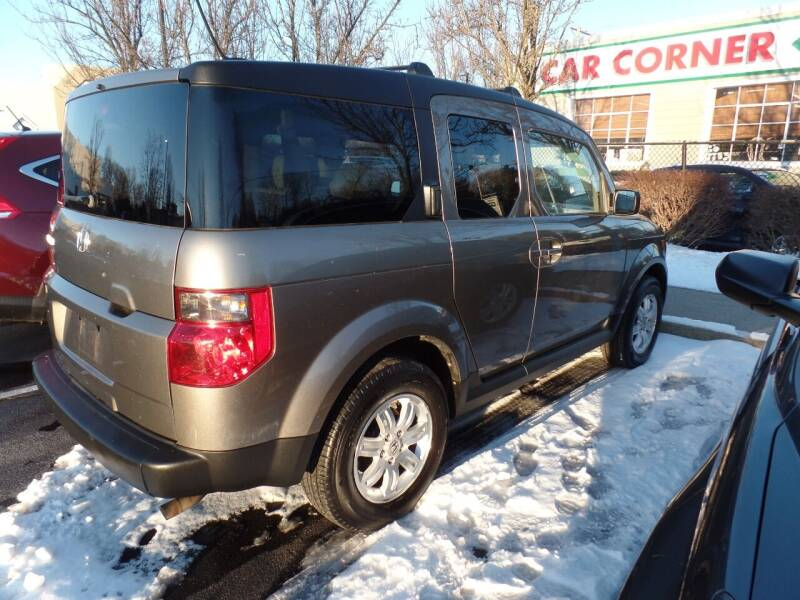 2007 Honda Element for sale at CAR CORNER RETAIL SALES in Manchester CT