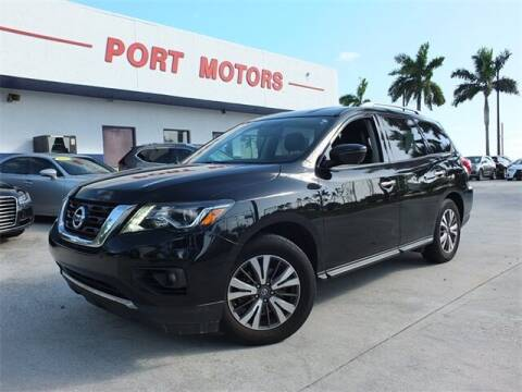 2017 Nissan Pathfinder for sale at Automotive Credit Union Services in West Palm Beach FL