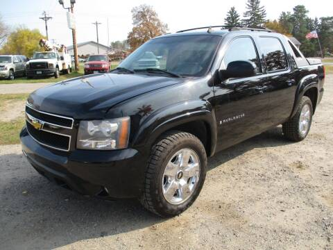 2007 Chevrolet Avalanche for sale at D & T AUTO INC in Columbus MN