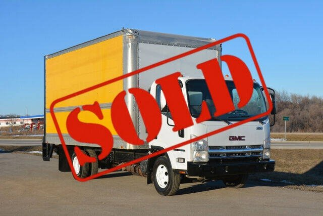 2010 GMC W4500 for sale at Signature Truck Center in Crystal Lake IL