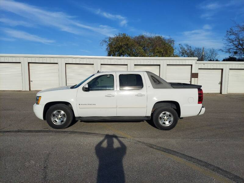 2009 Chevrolet Avalanche for sale at Longhorn Motors in Belton TX