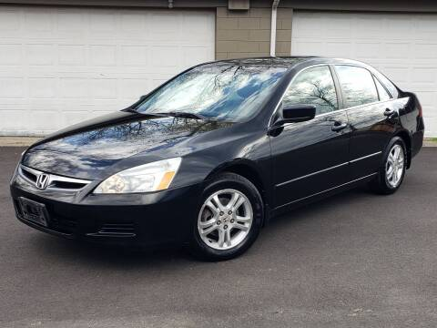 2007 Honda Accord for sale at Riverfront Auto Sales in Middletown OH