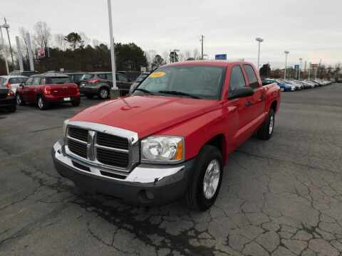 2005 Dodge Dakota for sale at Paniagua Auto Mall in Dalton GA