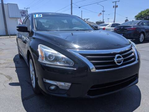 2015 Nissan Altima for sale at GREAT DEALS ON WHEELS in Michigan City IN