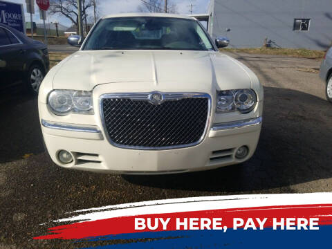 2009 Chrysler 300 for sale at Shelton & Son Auto Sales L.L.C in Dover AR
