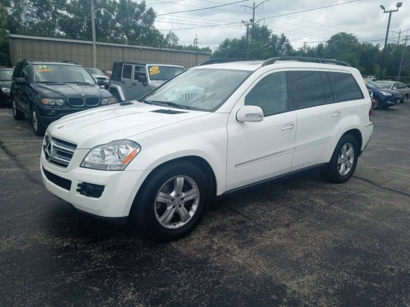 2007 Mercedes-Benz GL-Class for sale at Smart Buy Auto in Bradley IL