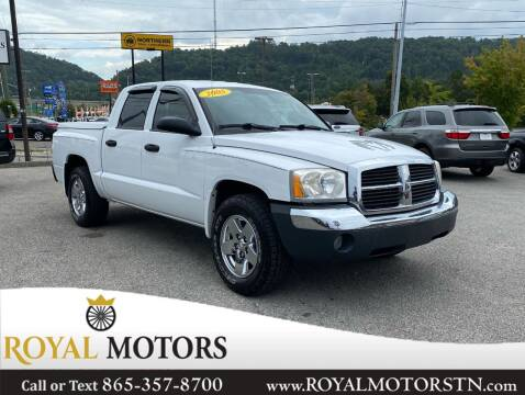 2005 Dodge Dakota for sale at ROYAL MOTORS LLC in Knoxville TN