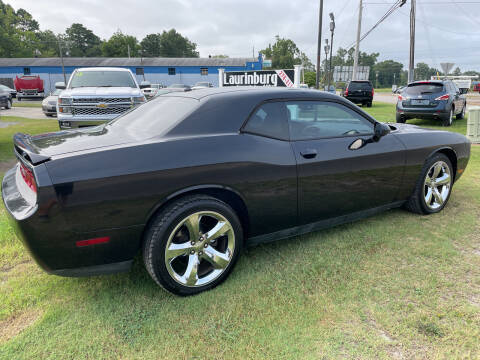 2011 Dodge Challenger for sale at LAURINBURG AUTO SALES in Laurinburg NC