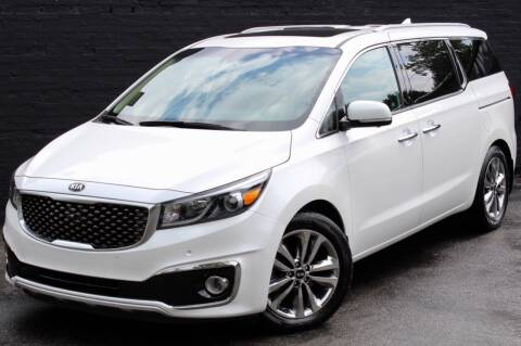 2015 Kia Sedona for sale at Kings Point Auto in Great Neck NY