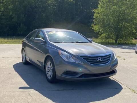 2013 Hyundai Sonata for sale at Betten Baker Preowned Center in Twin Lake MI