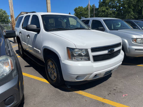 2008 Chevrolet Tahoe for sale at Ideal Cars in Hamilton OH
