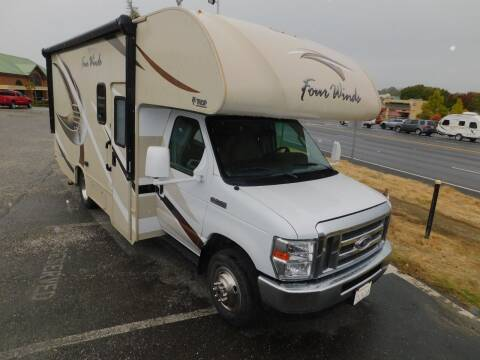 2018 Thor Industries FOUR WINDS 22B