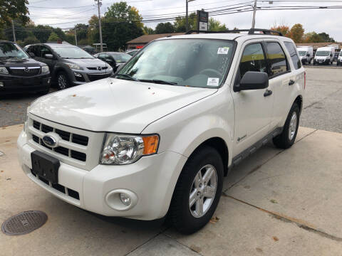 2009 Ford Escape Hybrid for sale at Barga Motors in Tewksbury MA