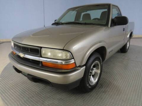 1998 Chevrolet S-10 for sale at Hagan Automotive in Chatham IL