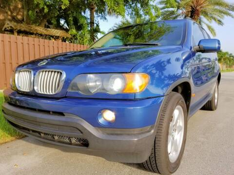 2003 BMW X5 for sale at M.D.V. INTERNATIONAL AUTO CORP in Fort Lauderdale FL