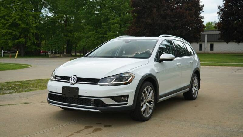 2019 Volkswagen Golf Alltrack for sale at Grand Financial Inc in Solon OH