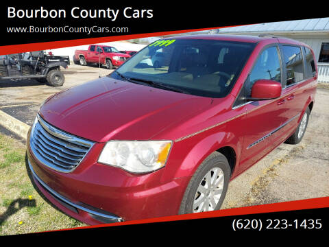 2014 Chrysler Town and Country for sale at Bourbon County Cars in Fort Scott KS