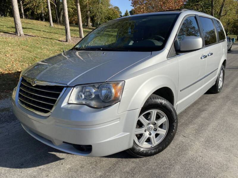 2010 Chrysler Town and Country for sale at Bloomington Auto Sales in Bloomington IL