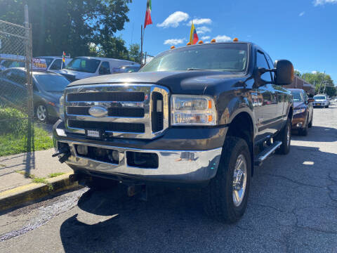 2005 Ford F-350 Super Duty for sale at Drive Deleon in Yonkers NY
