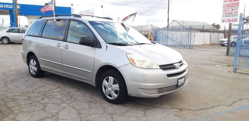 2005 Toyota Sienna for sale at Autosales Kingdom in Lancaster CA