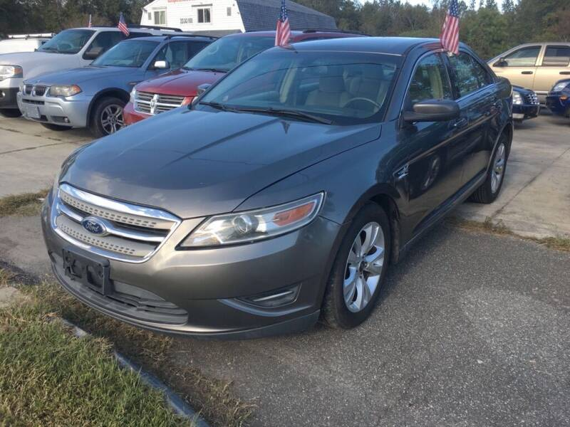 2011 Ford Taurus for sale at Complete Auto Credit in Moyock NC