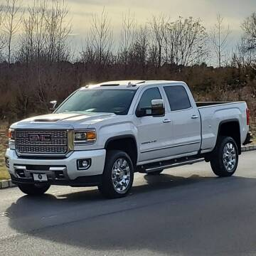 2019 GMC Sierra 2500HD for sale at R & R AUTO SALES in Poughkeepsie NY