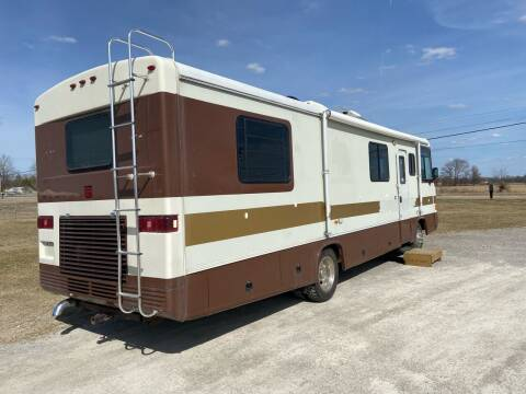1994 Swinger Motor Home for sale at The Auto Depot in Mount Morris MI