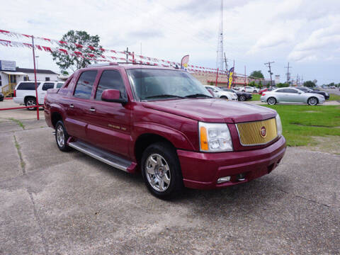 2006 Cadillac Escalade EXT for sale at BLUE RIBBON MOTORS in Baton Rouge LA