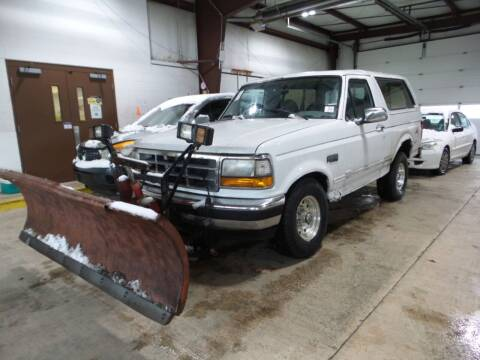 1994 Ford Bronco for sale at Davidson Auto Deals in Syracuse IN