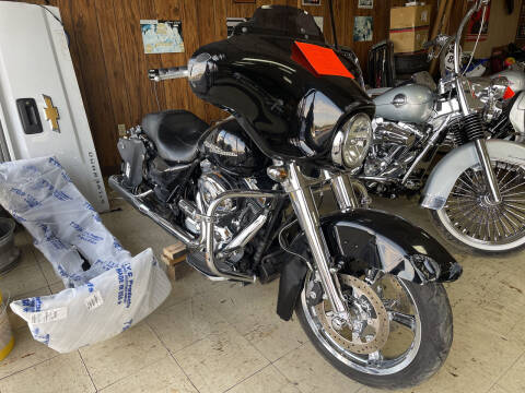 2013 Harley Davidson Street Glide for sale at B & W Auto in Campbellsville KY