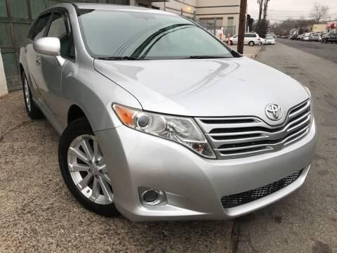 2009 Toyota Venza for sale at Illinois Auto Sales in Paterson NJ