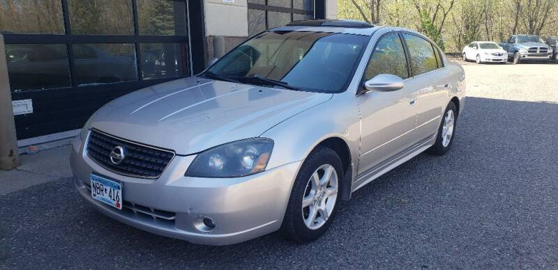 2005 Nissan Altima for sale at Fleet Automotive LLC in Maplewood MN