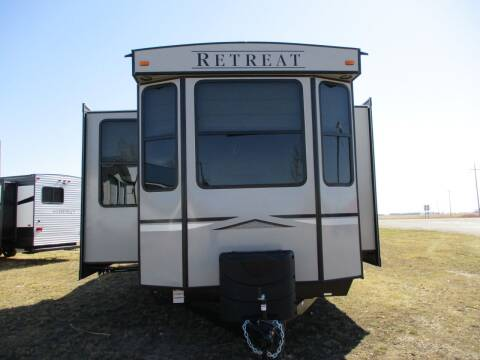 2021 Keystone Retreat 391 Loft for sale at Lakota RV - New Park Trailers in Lakota ND