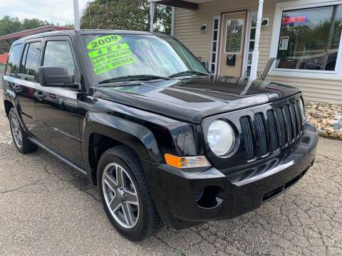 2009 Jeep Patriot for sale at G & G Auto Sales in Steubenville OH