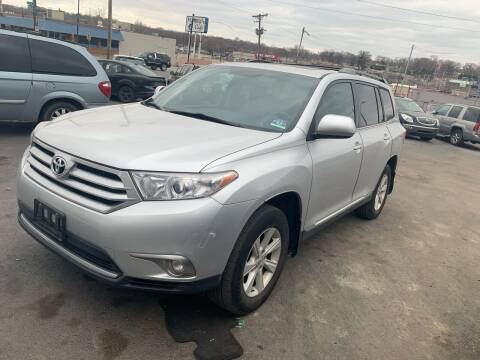 2012 Toyota Highlander for sale at Capital Mo Auto Finance in Kansas City MO