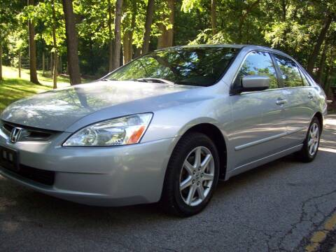 2004 Honda Accord for sale at Edgewater of Mundelein Inc in Wauconda IL
