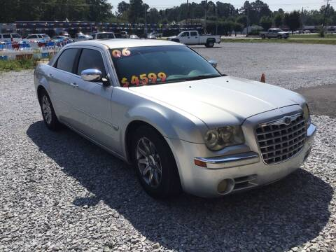 2006 Chrysler 300 for sale at K & E Auto Sales in Ardmore AL