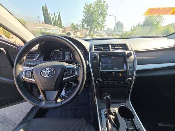 2016 Toyota Camry SE 4dr Sedan - La Crescenta CA