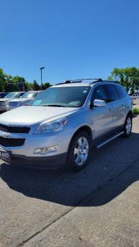 2012 Chevrolet Traverse for sale at JR Auto in Brookings SD